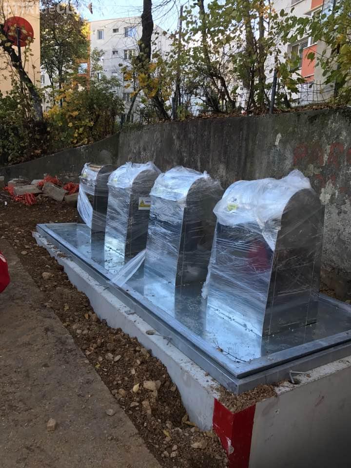 Tomberoane îngropate în Mănăștur, pe Mehedinți. Cât vor rezista? - FOTO