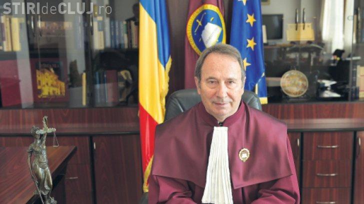 Valer Dorneanu, președintele CCR cumulează pensia cu salariu: Câștigă lunar 35.000 de lei