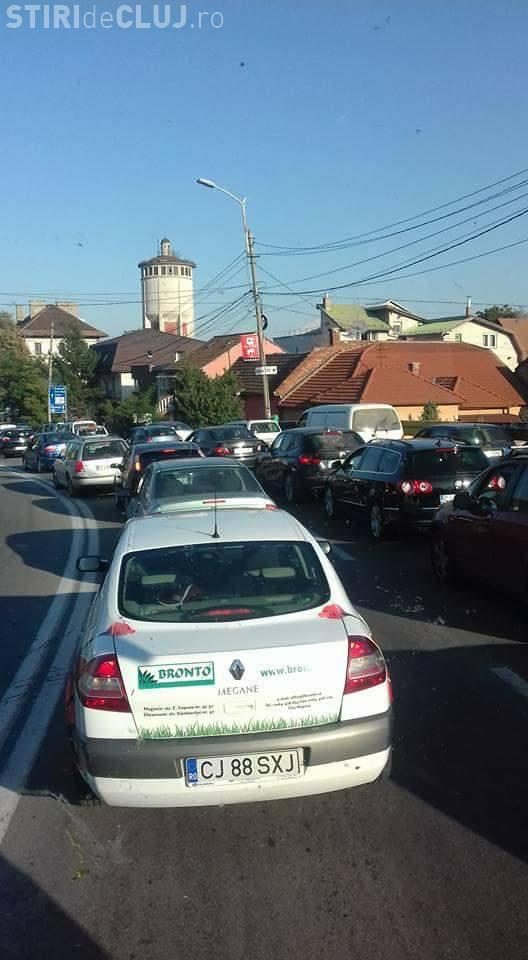 Clujul e blocat! Traficul e dat peste cap de venirea studenților? - FOTO