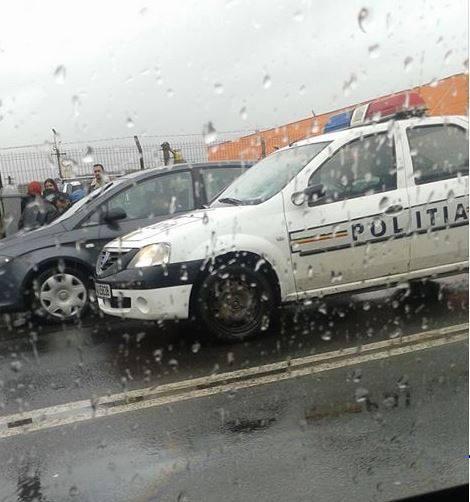 Accident lângă Aeroport Cluj! Un polițist a rănit grav o persoană pe trecerea de pietoni - FOTO