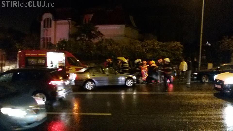 Ploaia și neatenția fac victime la Cluj! Șoferul unui BMW a cauzat un accident cu victimă pe Calea Turzii FOTO