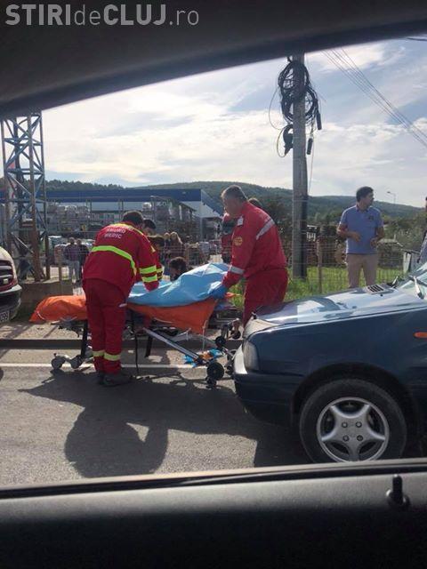 Pieton beat, lovit de mașină la Cluj. Încerca să traverseze strada neregulamentar FOTO
