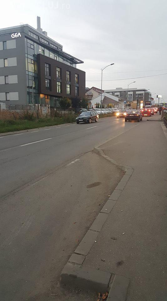 Mașină lăsată pe o bandă în Bună Ziua - FOTO