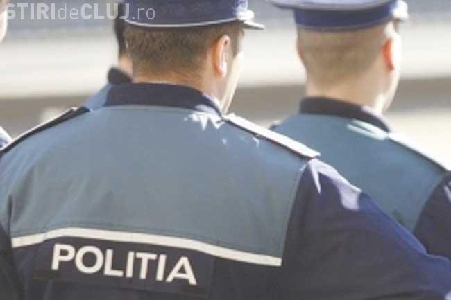Razie de amploare la Baciu. Mai multe persoane au fost duse la secția de Poliție VIDEO