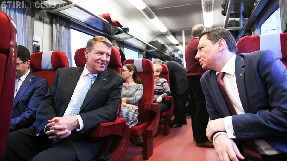 Iohannis a mers cu trenul la un eveniment în Ploiești: Am vrut să dau un semnal despre nevoia de mobilitate FOTO