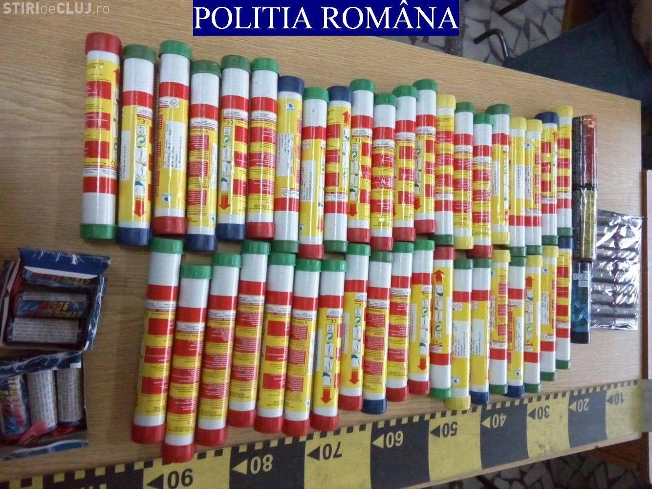Captură de materiale pirotehnice la Cluj. Urmau să fie folosite la meciul U Cluj - Dinamo FOTO