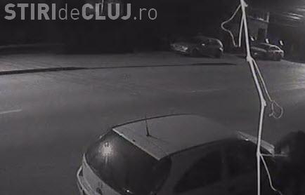 Cluj: Un bărbat cu handicap a rupt oglinzile mașinilor. Cine îl recunoaște? - SHARE VIDEO