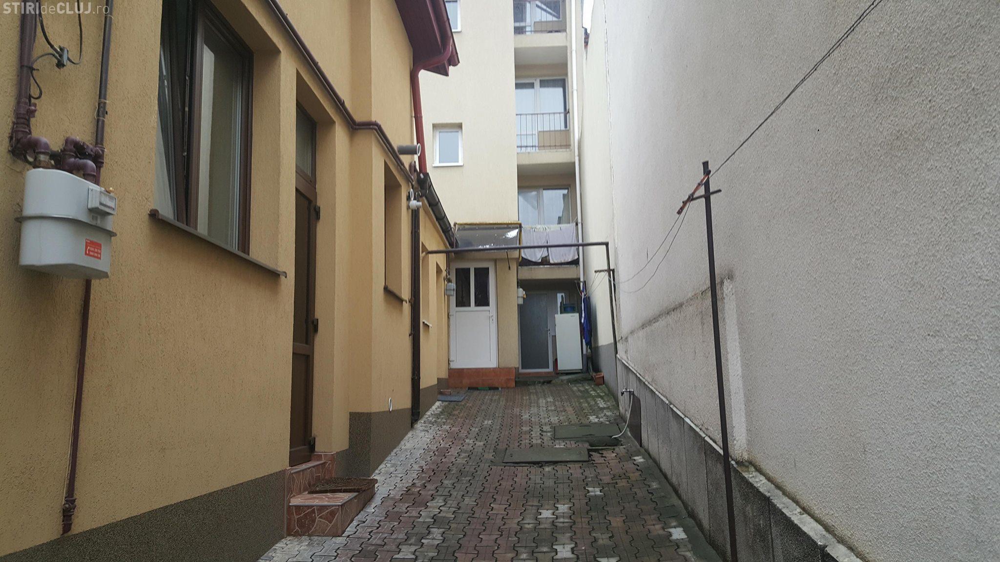 Cluj: Chiriaș scos cu ranga din casă. Polițiștii au intervenit, dar se grăbeau: Suntem un echipaj pe două cartiere