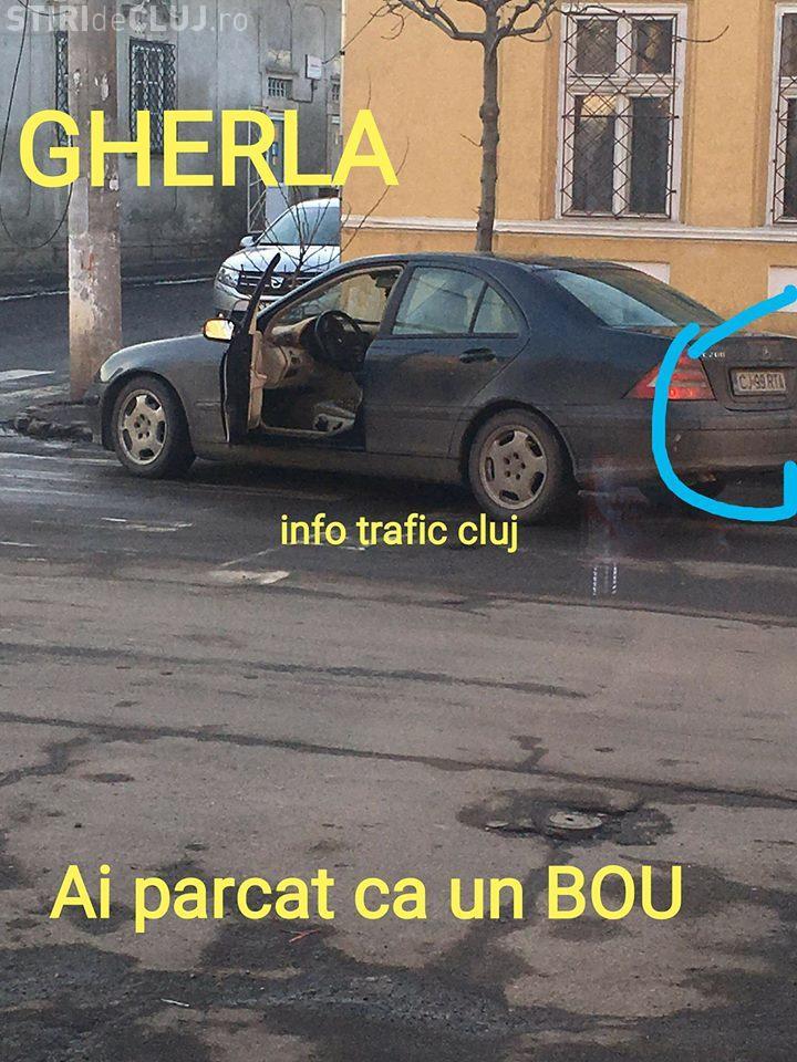 """""""Pițiponc"""" de Cluj! Așa a parcat și și-a uitat și ușa deschisă - FOTO"""
