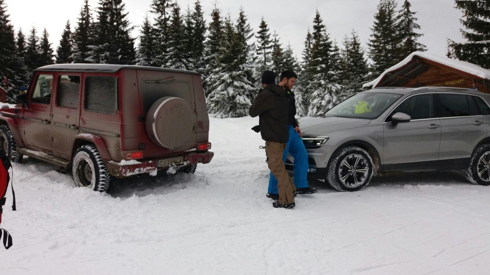Cocalarii s-au dat cu mașina pe pârtia de la Băișoara - VIDEO