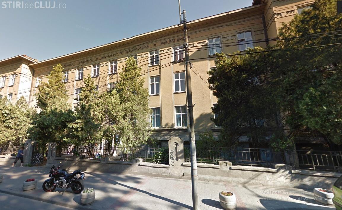 Doi directori din cadrul Institutului de Urologie din Cluj au fost reținuți de oamenii legii