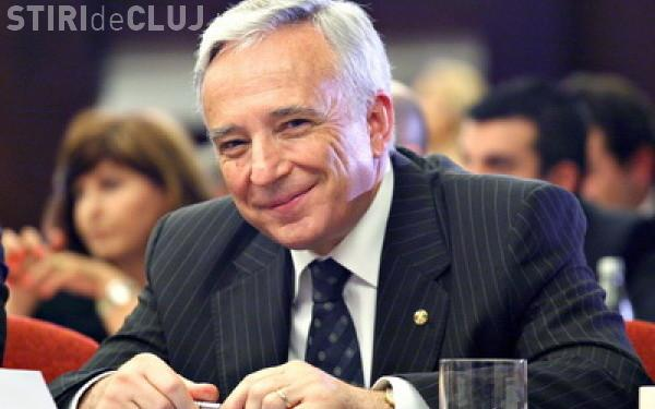 Mugur Isărescu susține că euro va fluctua cu 5%