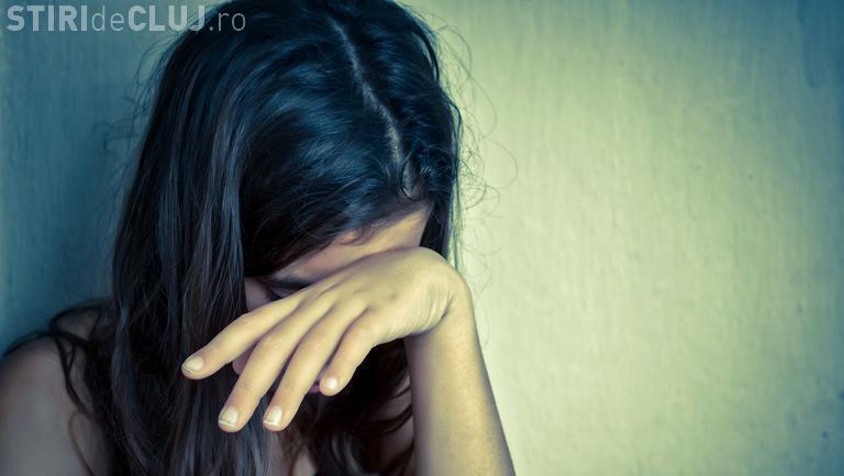 Cluj: Suspect de pedofilie cercetat în libertate de 6 luni. Coșmarul fetei continuă în fiecare zi