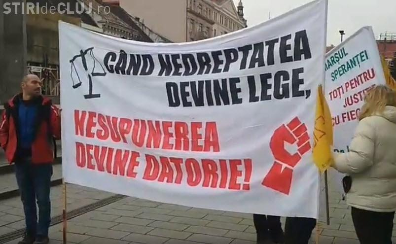 Protestatarii din Cluj au pornit în marș spre București. Drumul va dura 10 zile - FOTO