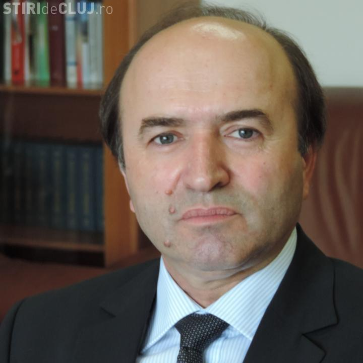 Ministrul Justitiei: Propun revocarea sefului DNA