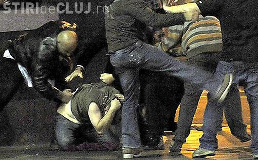 """Clujean bătut în Parcul Central de trei romi. L-au abordat cu """"Nu ai o țigară?"""""""