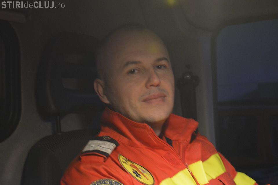 Un paramedic clujean a salvat viața unui bărbat căzut pe carosabil
