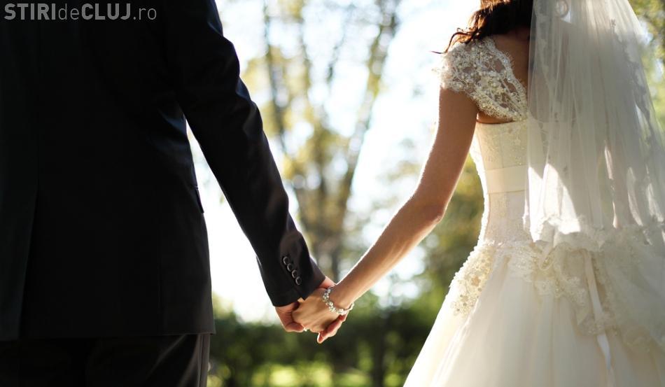 Biserica interzice filmările în biserici, la nunți