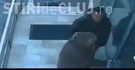 Momentul în care un director de la CNAIR Cluj își lovește o angajată, surprins de camerele de supraveghere VIDEO