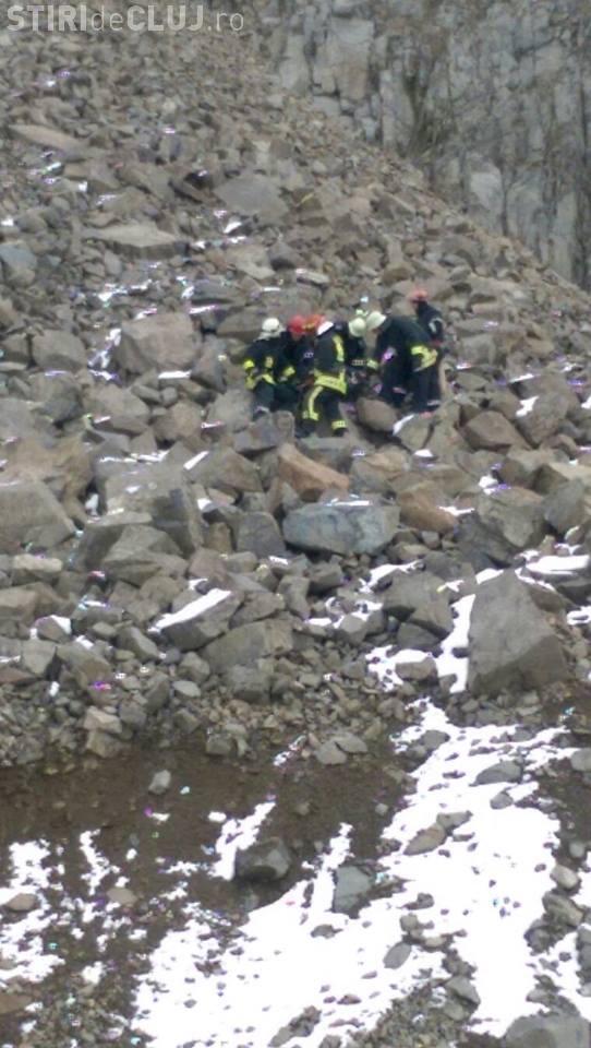 CLUJ: Incident mortal la cariera de la Bologa. Un tânăr a căzut de la 50 de metri înălțime FOTO