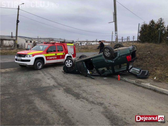 Accident cu o victimă, la ieșire din Apahida. Un șofer s-a răsturnat cu mașina VIDEO