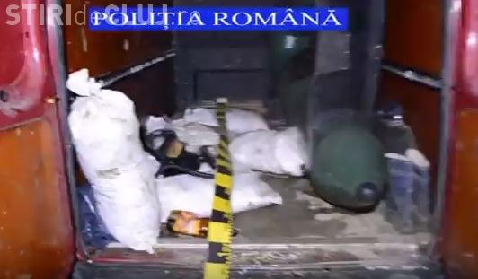 Braconieri, prinși de polițiștii clujeni. Au fost confiscate sute de kilograme de pește, o barcă și unelte de pescuit