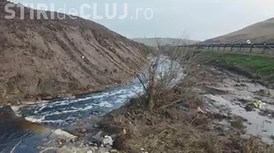 """Levigatul de la Pata Rât """"ajutat"""" să curgă în Someș. A fost săpat un canal """"peste noapte"""" - VIDEO"""