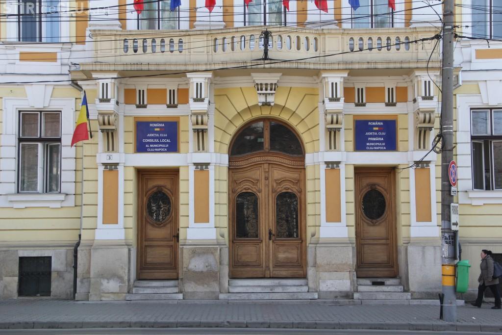 """Primăria Cluj-Napoca va """"angaja"""" un robot, dar are probleme elementare de informatizare"""