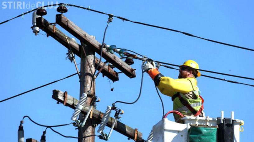 Scad facturile la energie. Companiile i-au furat pe români. Amendă RECORD