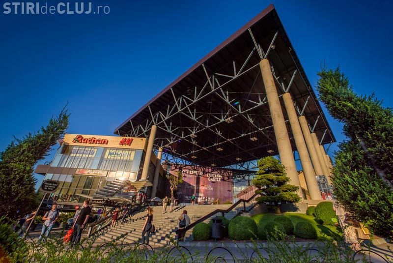 Magazinele și cafenelele din Iulius Mall Cluj, deschise în a doua zi de Paște