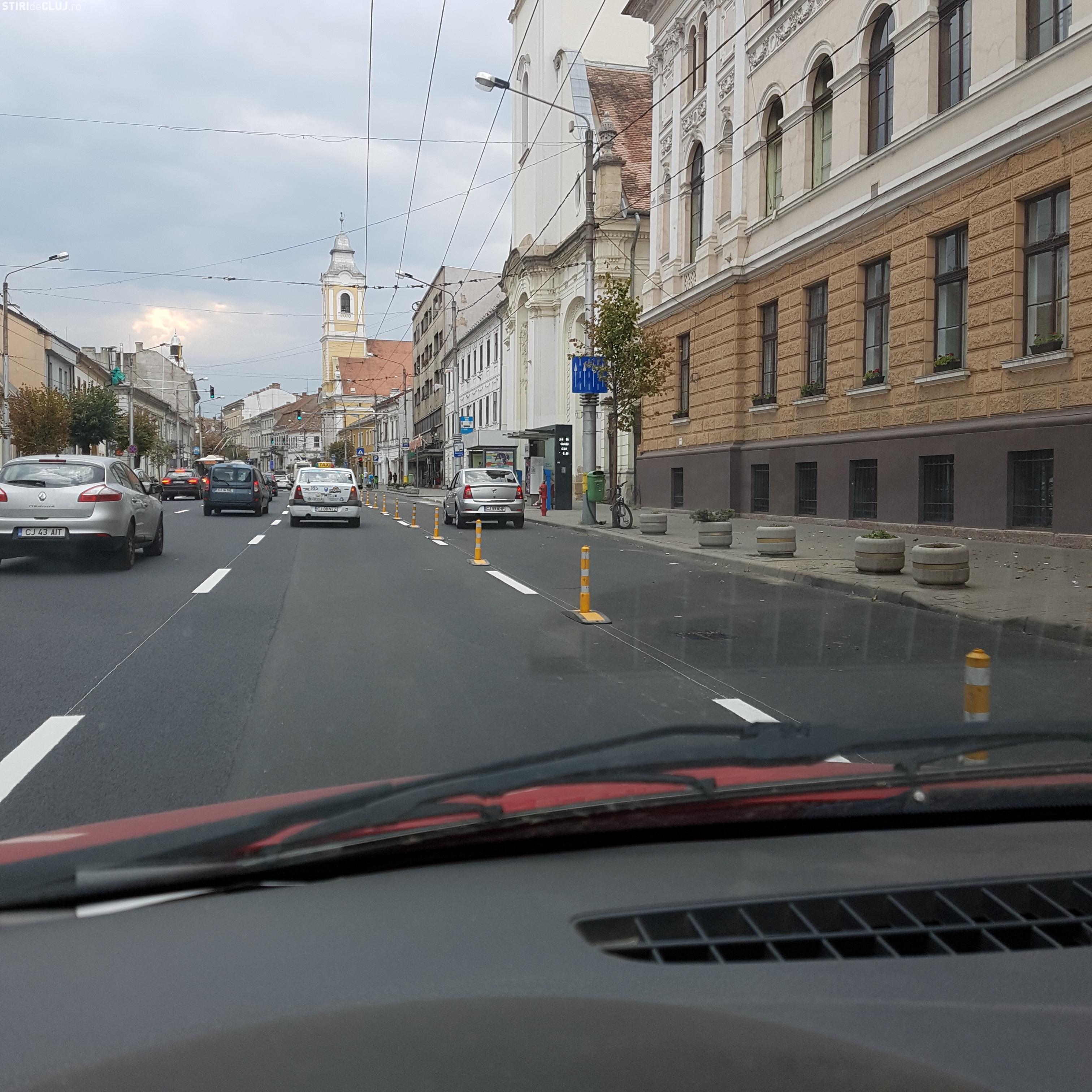 Boc: Taxiurile au voie să lase clienți pe benzile dedicate