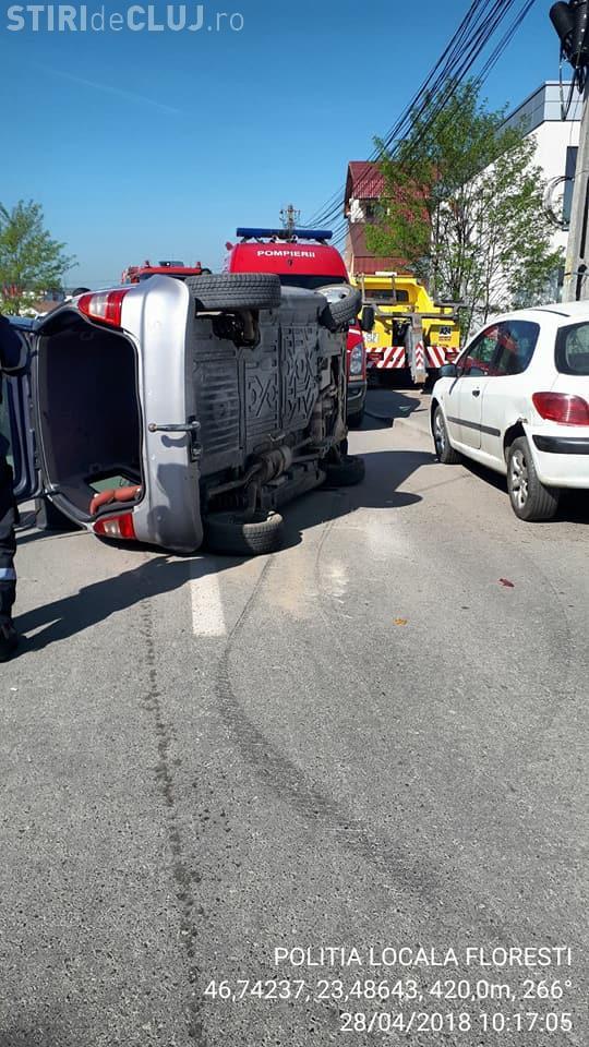 Florești: S-a răsturnat din cauza vitezei și alcoolului - FOTO