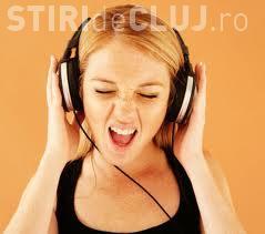Cum ți se schimbă creierul dacă asculți muzică la serviciu