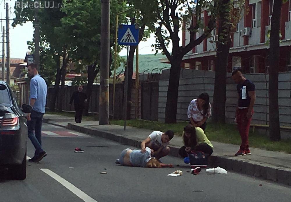 Femeie spulberată pe o trecere de  pe strada Aurel Vlaicu. Ambulanța nu a oprit