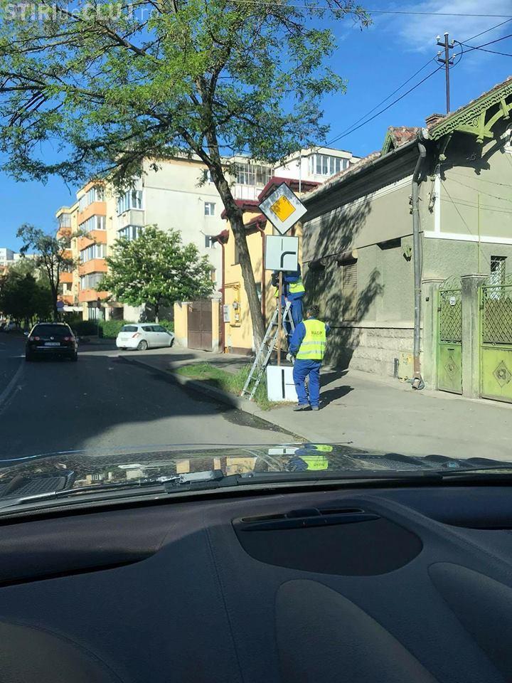 Modificare de circulație la intersecția străzilor Fabricii de Zahăr- Banilor - FOTO