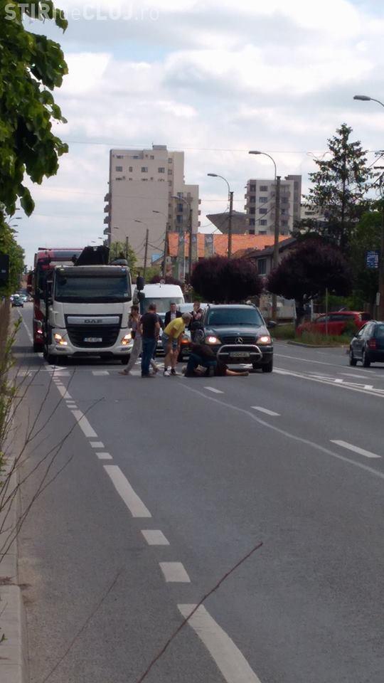 Accident pe strada Corneliu Coposu. Victimă lovită pe trecerea de pietoni - FOTO