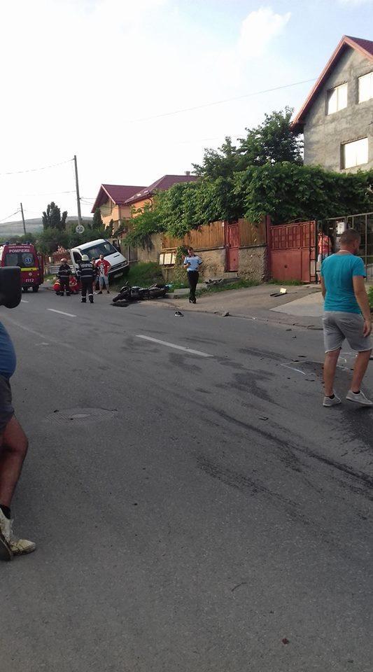 CLUJ: Un motociclist a murit în urma unui accident rutier. o șoferiță a intrat pe contrasens și l-a lovit FOTO