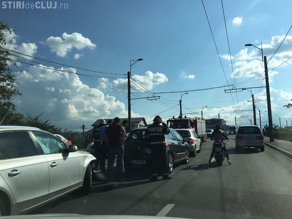 A treia zi cu accident pe Podul IRA. Trei mașini au fost implicate FOTO
