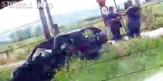 CLUJ: O mașină cu tineri s-a răsturnat la Jucu. Au scăpat ca prin minune VIDEO