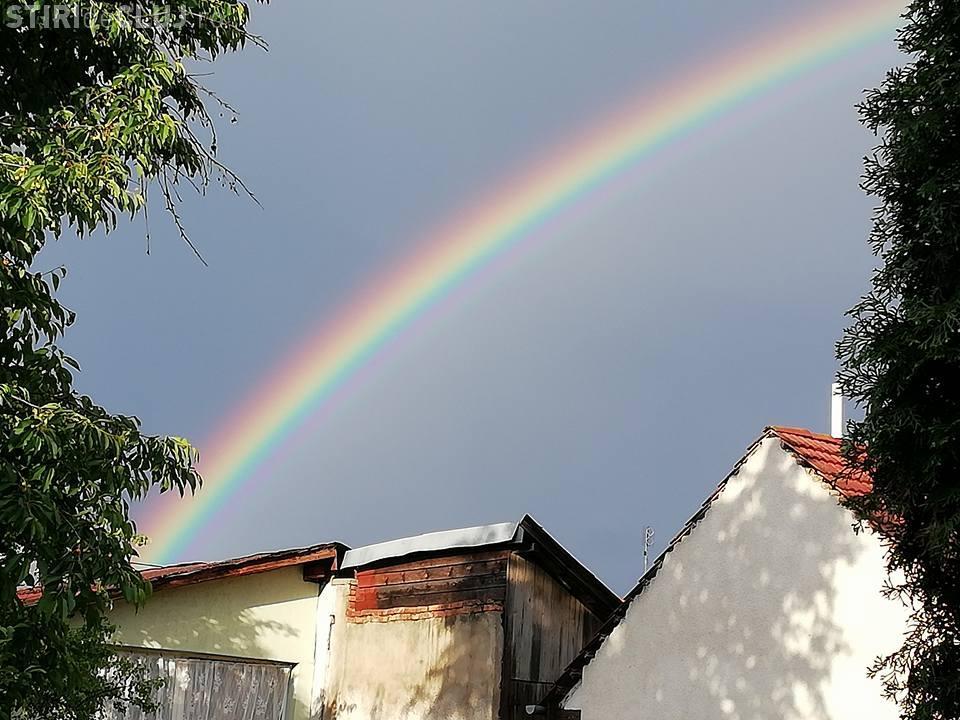 Curcubeu FENOMENAL la Cluj - FOTO