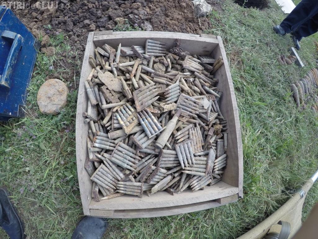 Peste 1.600 de munitii din Războaiele Mondiale rămase neexplodate, asanate de pompierii clujeni FOTO