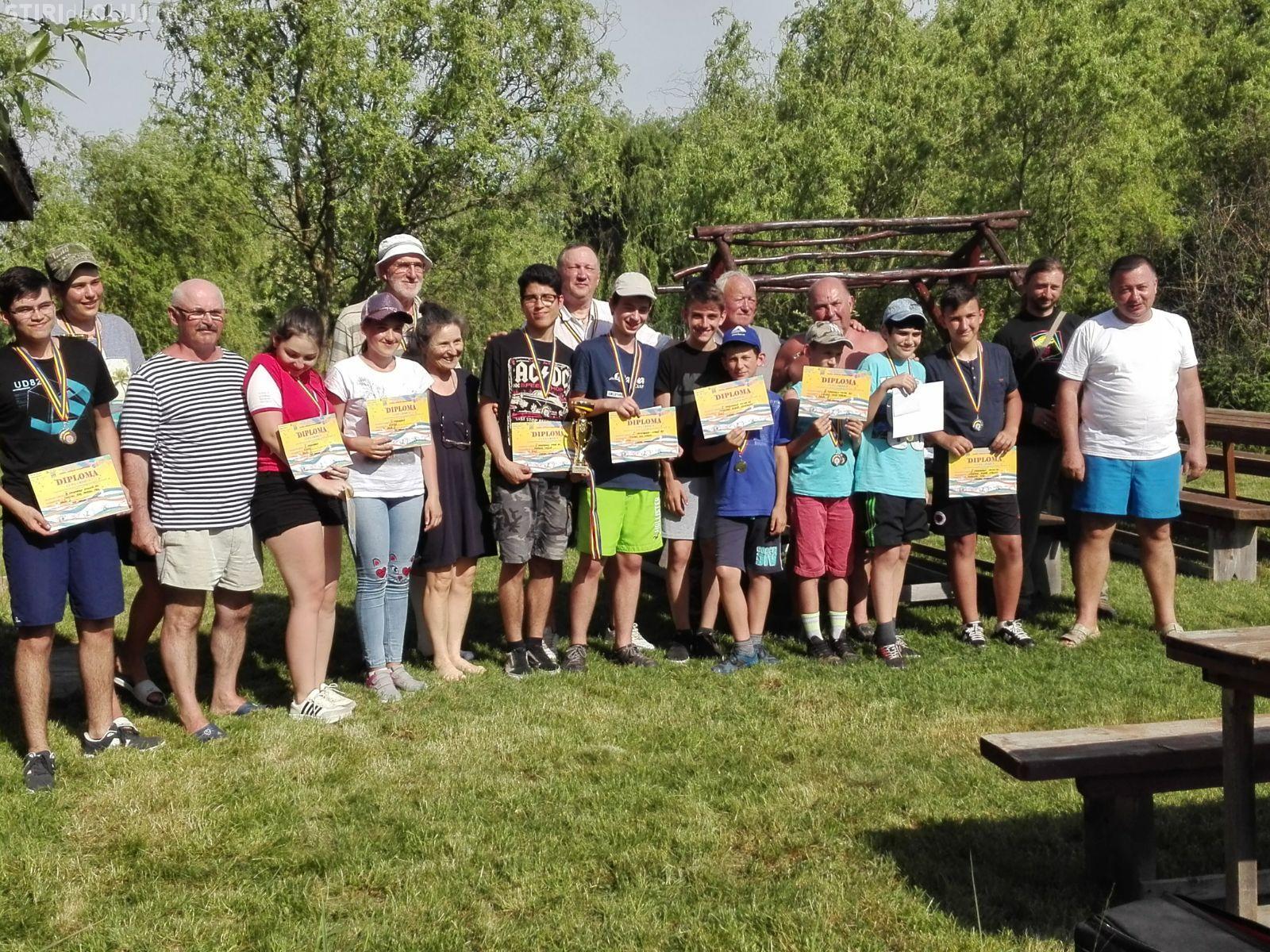 Elevii clujeni premiați la Cupa Crisus de navomodele - FOTO