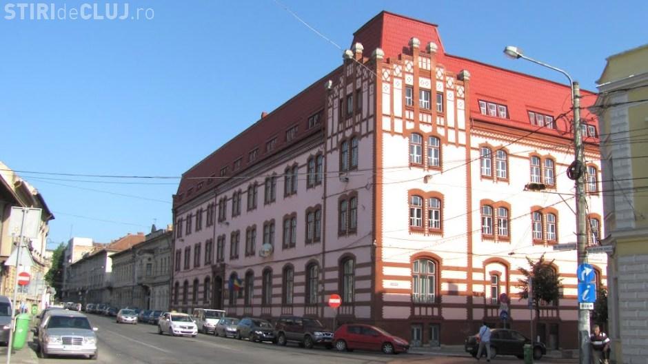 """Facultatea de Drept din Cluj, acuzată de """"lipsă de transparență"""" la un eveniment pe temele justiției"""