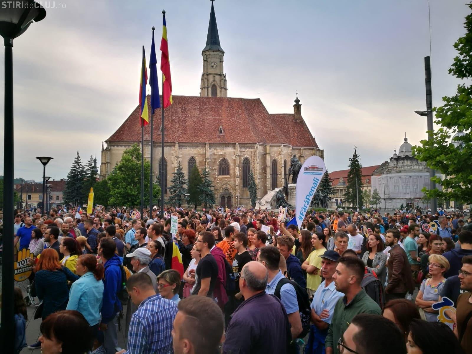 O nouă serie de proteste împotriva Guvernului urmează la Cluj, în fiecare joi: Te-ai săturat de corupție?
