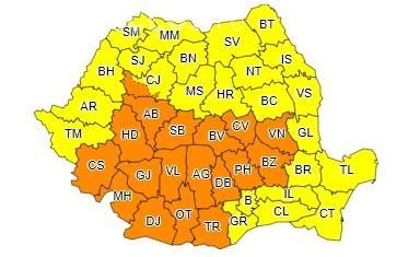 Furtunile nu se opresc! Toată România e sub cod galben și portocaliu de ploi torențiale