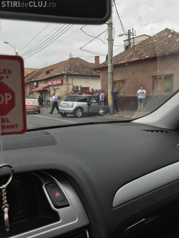 Accident pe Traian Vuia cu trei autoturisme implicate. Toate detaliile de la IPJ Cluj - FOTO