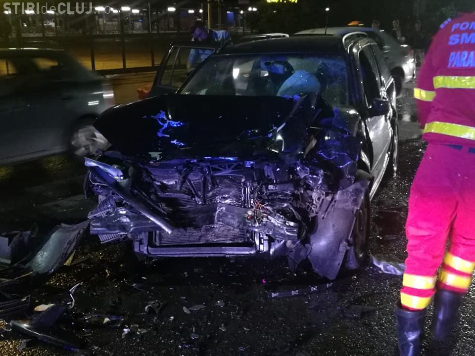 Accident la Metro Cluj! Un BMW a ținut neapărat să facă o depășire - FOTO
