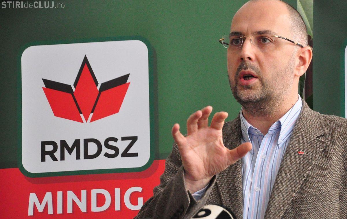 PSD și UDMR au bătut palma pentru introducerea limbii maghiare în administrațiile locale