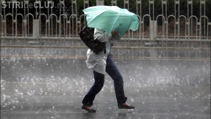 Cod galben de ploi puternice la Cluj! O mare parte din județ este afectată