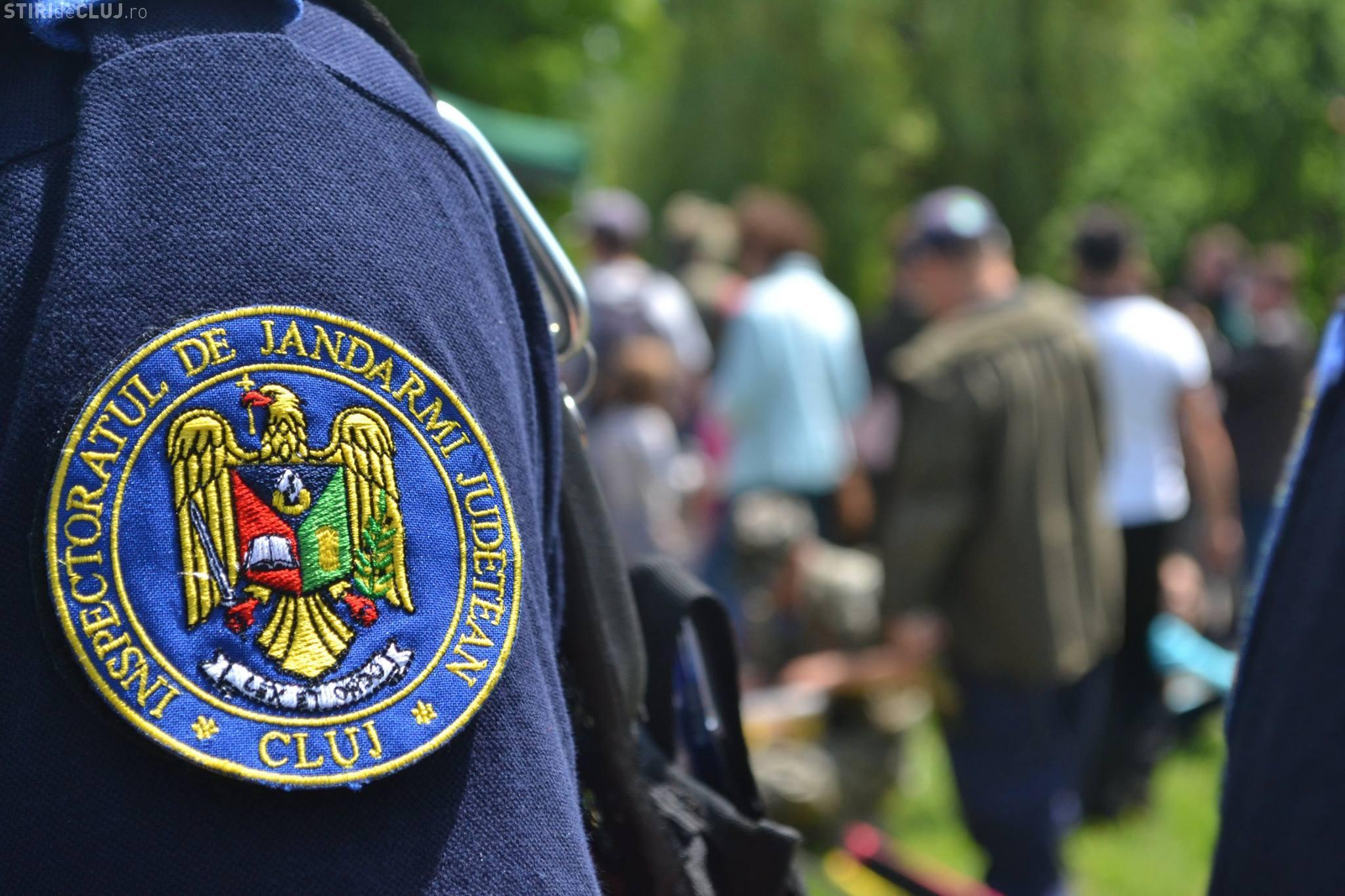 Cluj: Un jandarm a prins un hoț din buzunare într-un autobuz